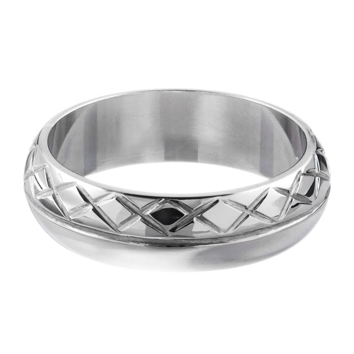 Patterned D shape wedding ring